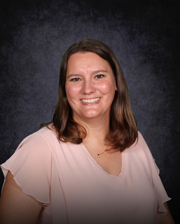 Alexis Peterson : Fourth Grade Teacher