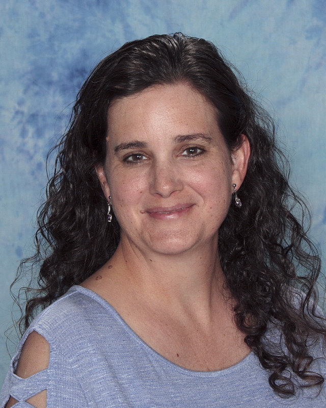 Tammy Teixeira : Middle School English Teacher