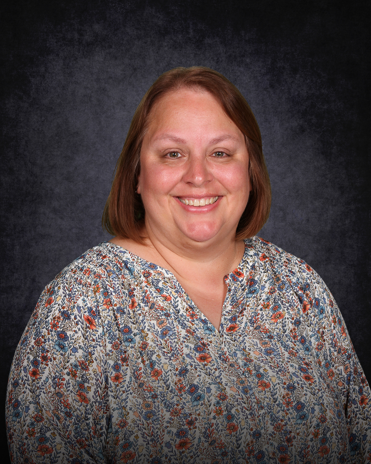 Holly Stanton : Administrative Assistant
